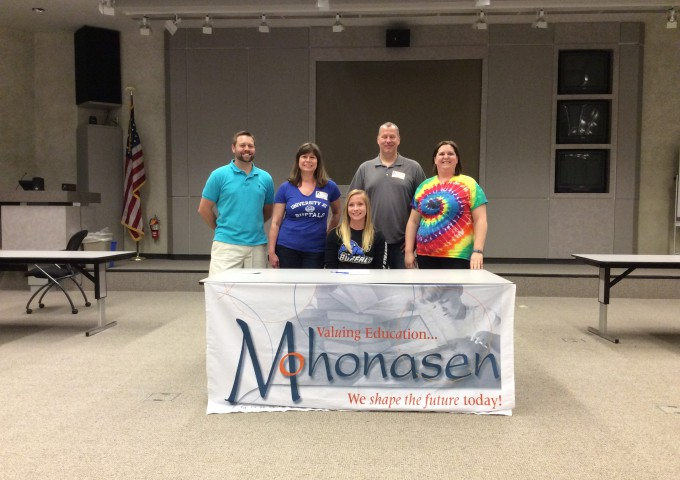 Mohonasen runner, diver sign National Letters of Intent