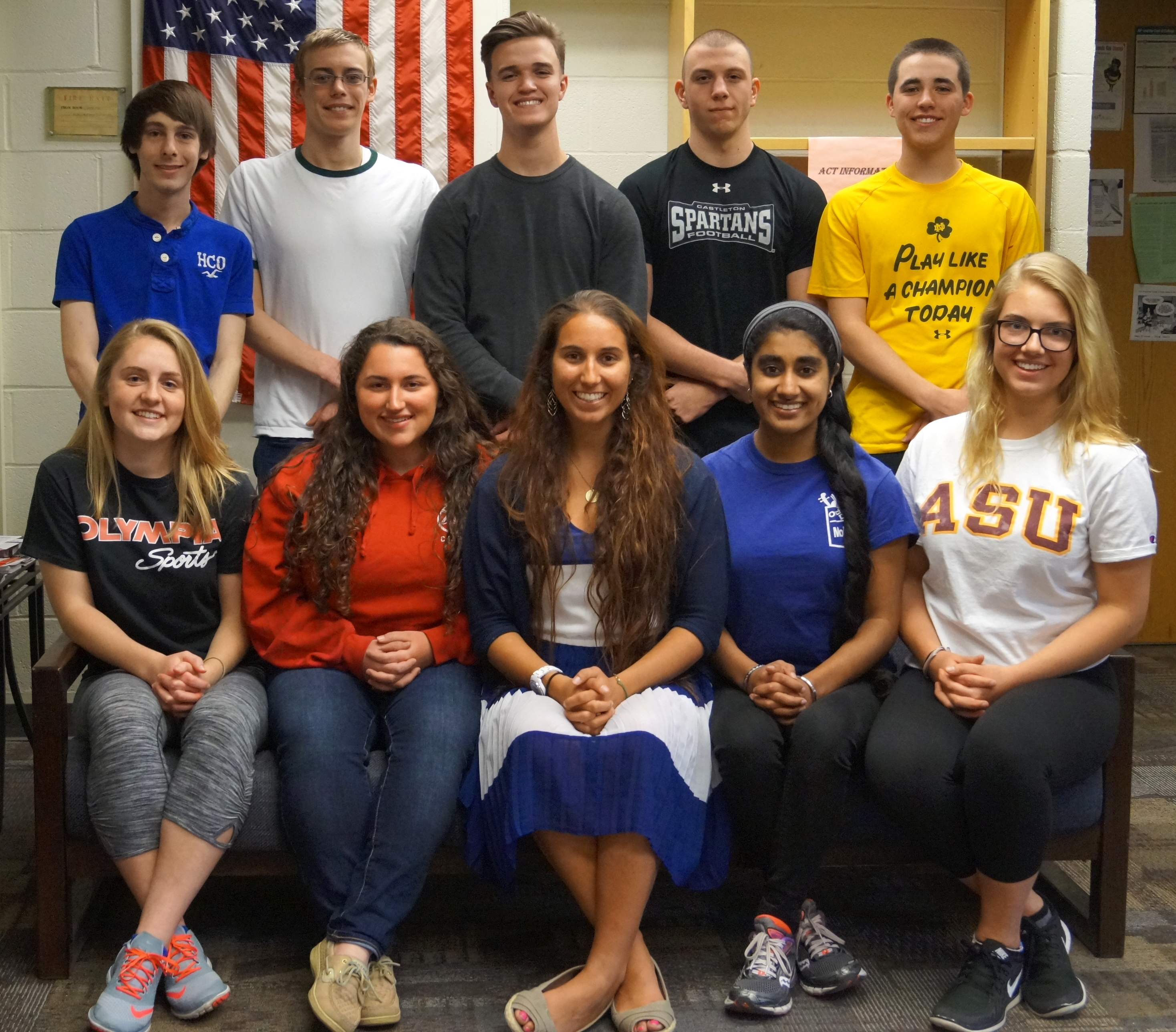 Class of 2016 Academic Top 10 graduates pose for photo