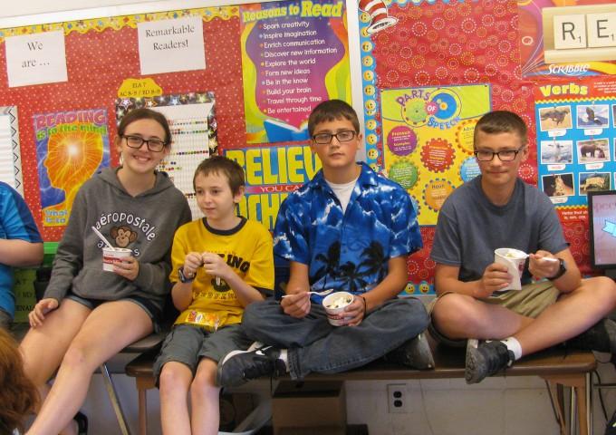 students eating ice cream